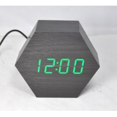 Настольные часы VST-876-4 с ярко-зеленой подсветкой в виде деревянного бруска