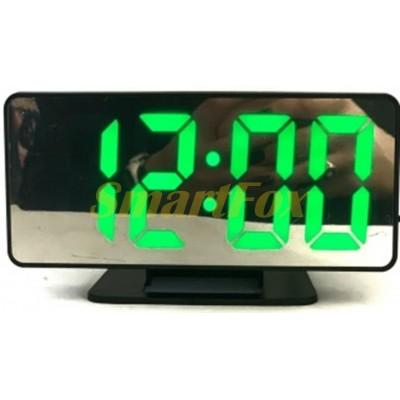 Часы настольные VST-888-4 с зеленой подсветкой (зеркальный дислей 7,5